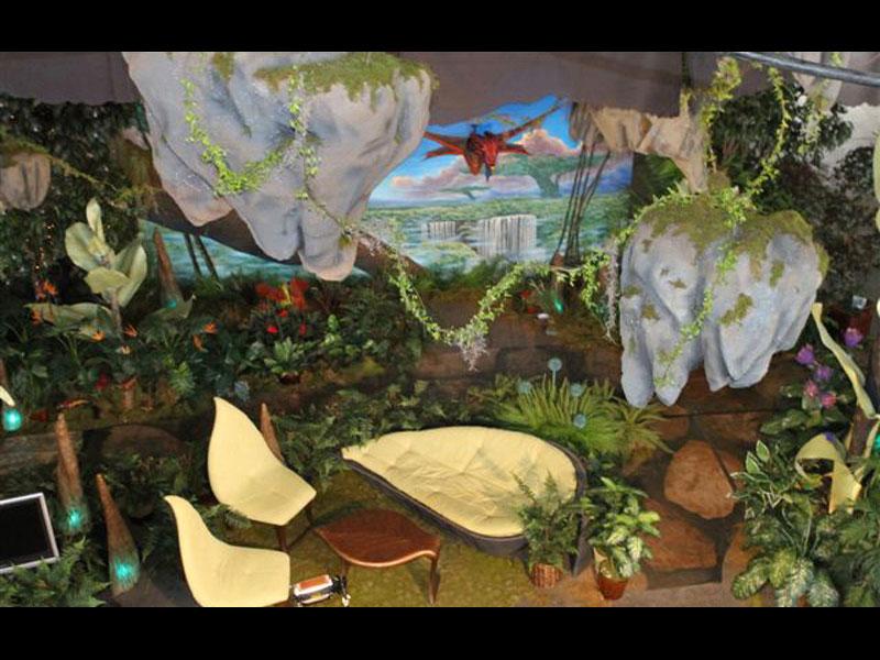 mural-prop-avatar-07