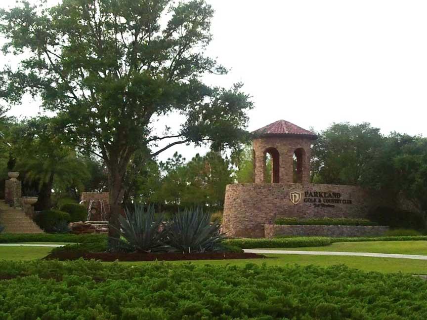 parkland-entrance