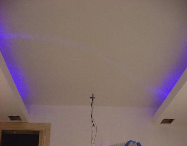 star-ceiling-white-light-black